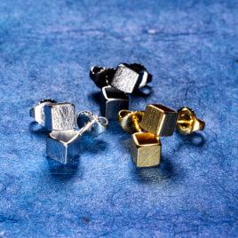 Kubörhängen 5 mm silver