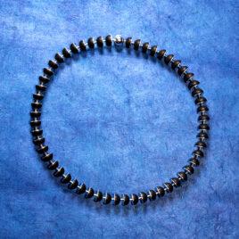 Hala kulor av onyx med silverskivor (10 mm)