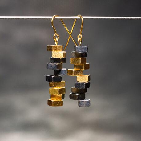 Earrings_Brakewater_Discs_Gilt_Oxidised_Niklas_Ejve
